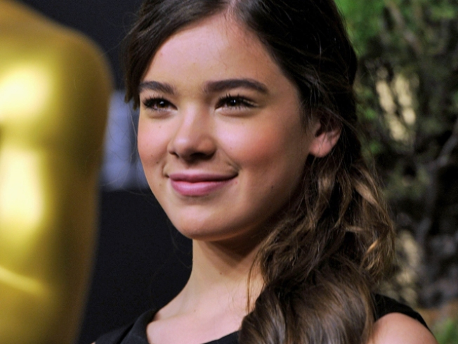 """True Grit"" Prodigy to Star in Teen Drama"