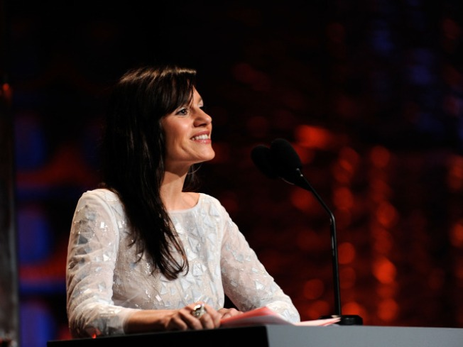 "Kara DioGuardi Praises Ellen's ""American Idol"" Debut"