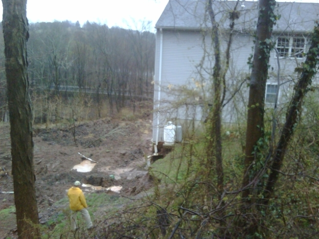 Residents Remain Out of Middletown Apartment After Mudslide