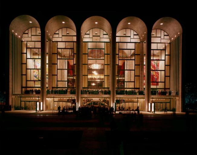 Powdery substance cancels Met Opera show