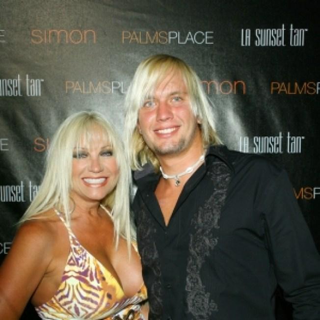 Linda Hogan naked (43 images) Hacked, YouTube, braless