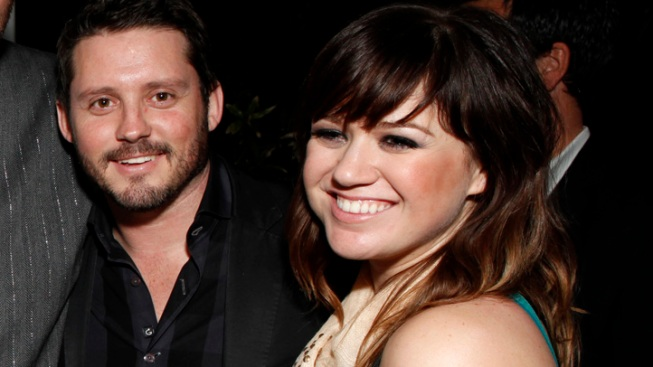 "Kelly Clarkson Engaged: ""Miss Independent"" Set to Be Mrs. Blackstock"