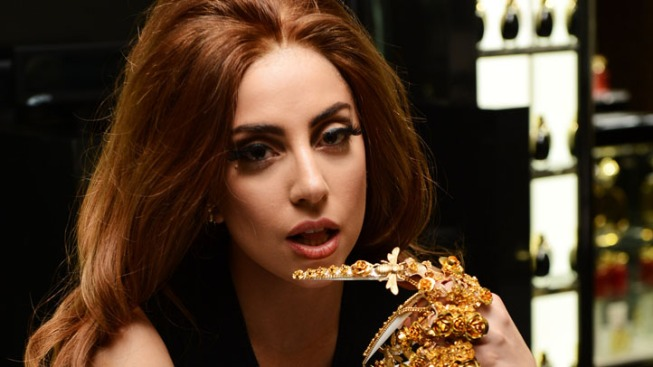 "Lady Gaga Announces ""ARTPOP"" Single, Album and App Release Dates"