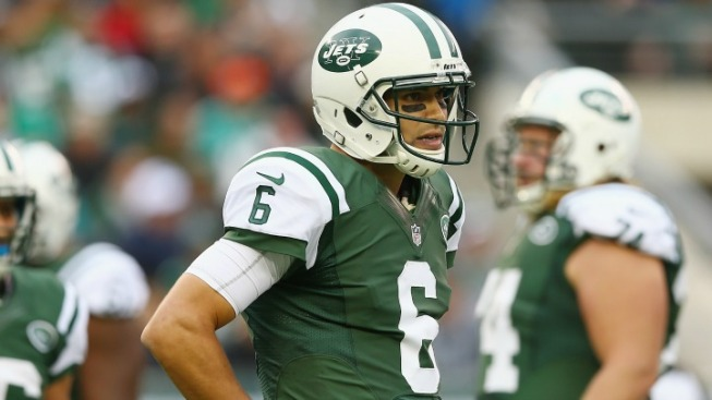 The Reasons to Stick With Mark Sanchez