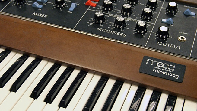 Google Honors Moog Inventor with Working Synthesizer Doodle