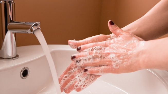 Illinois 1st State to Ban Microbeads in Cosmetics