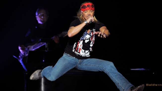 Rocker Bret Michaels Settles Brain Injury Case