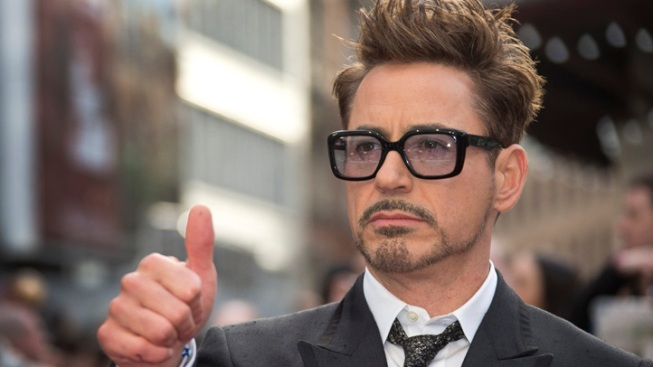 "Downey Jr. Signs on For 2 More ""Avengers"" Films"
