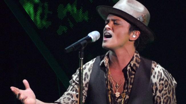 Bruno Mars Preps for Super Bowl