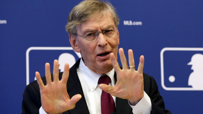 Baseball Commissioner Bud Selig to Retire After 2014 Season