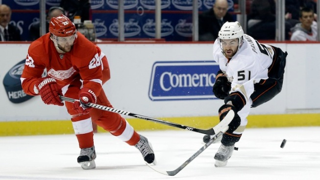 NHL Playoffs: Wings Defeat Ducks in Overtime