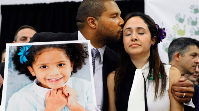 Sandy Hook Victim's Mother Asks NRA Chief to Come to Newtown