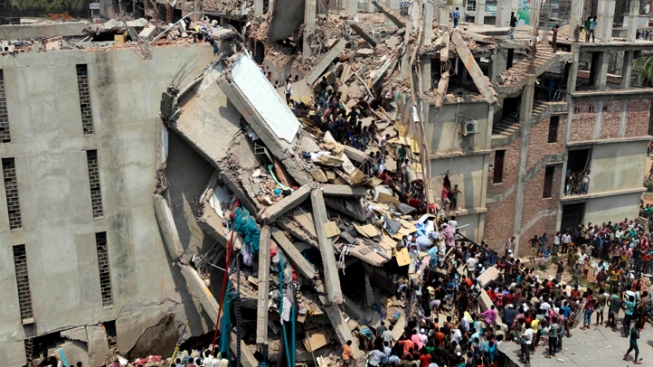 """Bangladesh Official Says Disaster Not """"Really Serious,"""" as Death Toll Hits 501"""
