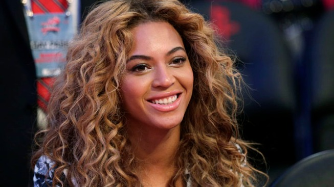 Beyonce Pledges Support for Marriage Equality in Intimate Handwritten Note