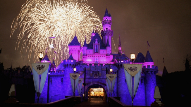 Disneyland Jacks Up Ticket Prices, Suspends Sales of Annual Pass