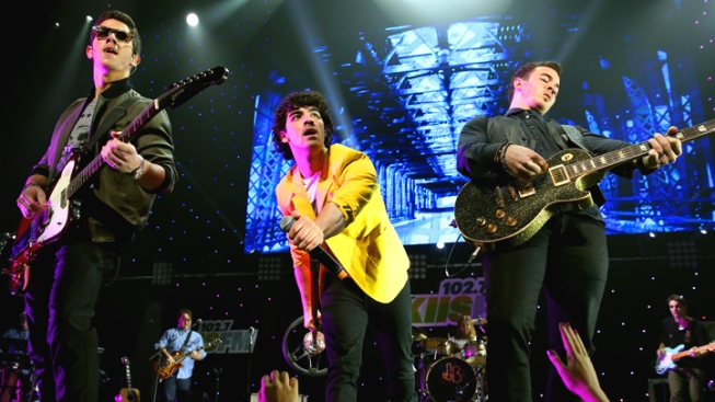 Jonas Brothers Concertgoer Sues, Claims She Was Crushed by Crowd