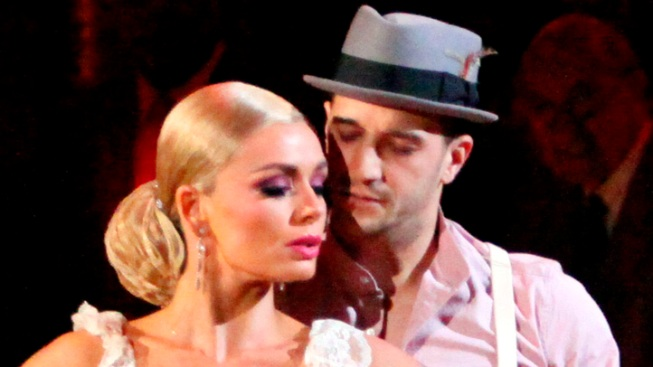 "Jenkins Earns Perfect 60 on ""Dancing With the Stars"" Finals"