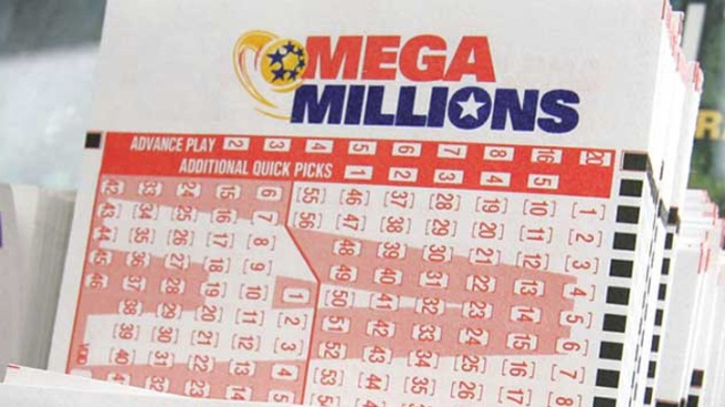 Mega Millions Jumps to $425 Million