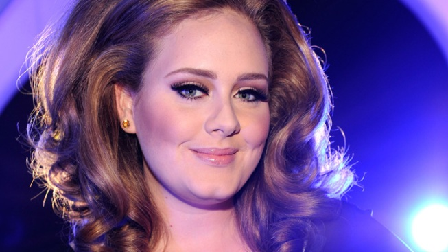 "Adele Set to Perform ""Skyfall"" at Oscars"