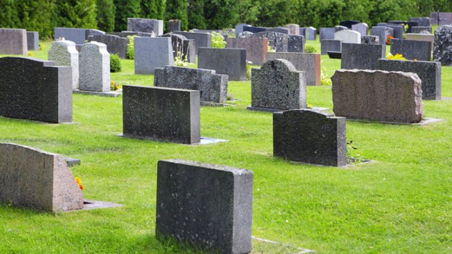 Family Almost Buried Wrong Man