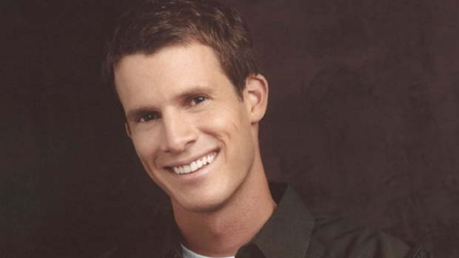 Daniel Tosh Apologizes for Rape Jokes