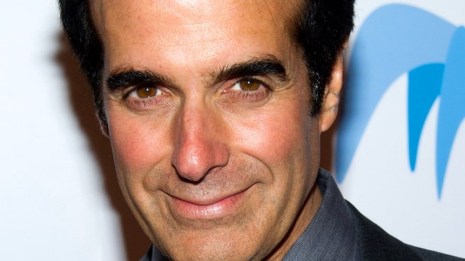 "David Copperfield Tweets About ""Scary"" Emergency Landing, Still Makes ""Today"" Appearance"