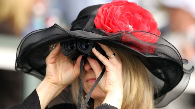 Grab a Hat and Go to a Kentucky Derby Party
