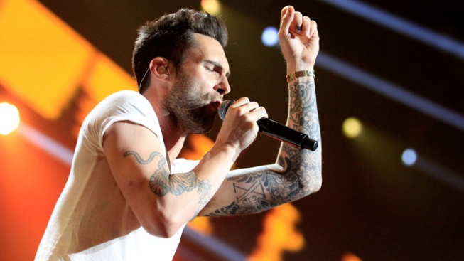 "Adam Levine in Final Talks to Star in ""American Horror Story"""