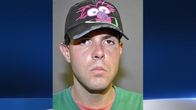 Man Burglarizes Restaurant, Returns to Order Food: Police