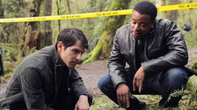 """""""Grimm"""" Premieres to Twitter Fans"""