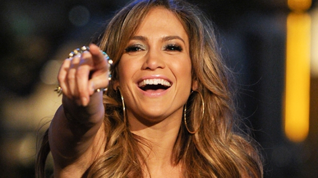 "J. Lo ""On the Fence"" About Returning to ""Idol"""
