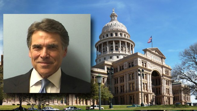Texas Gov. Rick Perry Formally Pleads Not Guilty