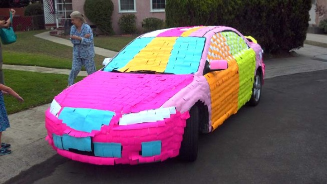 Post-It Note Car Prank a Neighborhood Hit