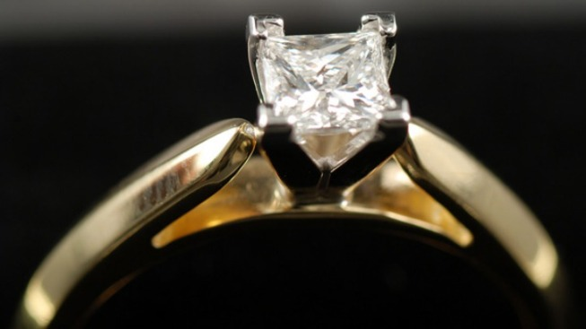 Judge Tells Woman to Give Back Engagement Ring