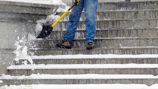 State Offers Snow Removal Tips