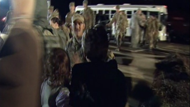 Guard Members Get Warm Welcome Home