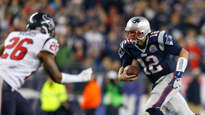 Pats Blow Out Texans, 42-14