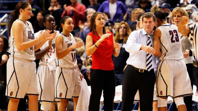 UConn Women Head to Sweet 16