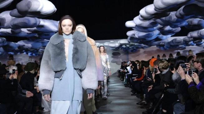 7623a9adb0 New York Fashion Week Ends as Snow Wreaks Havoc - NBC Connecticut