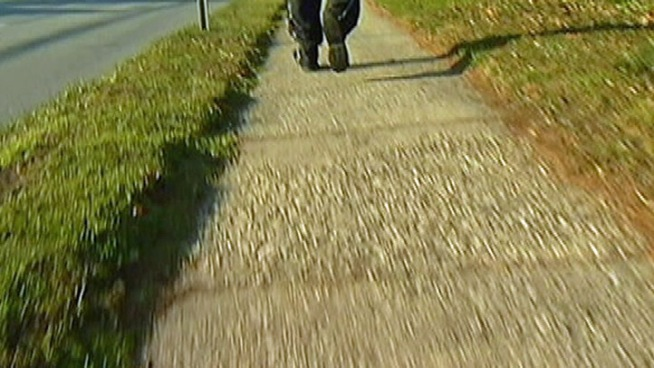 Putnam Police Look for Man Who Followed Girl this Morning