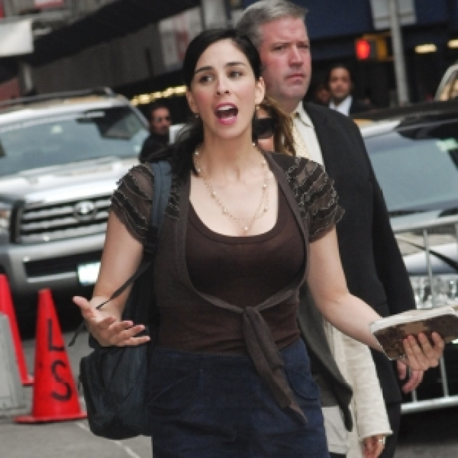 Angry U.K. Fans To Sarah Silverman: 'You're Over-Hyped'