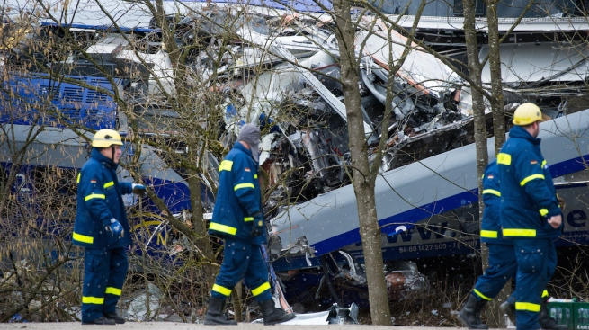 10 people killed in German train collision