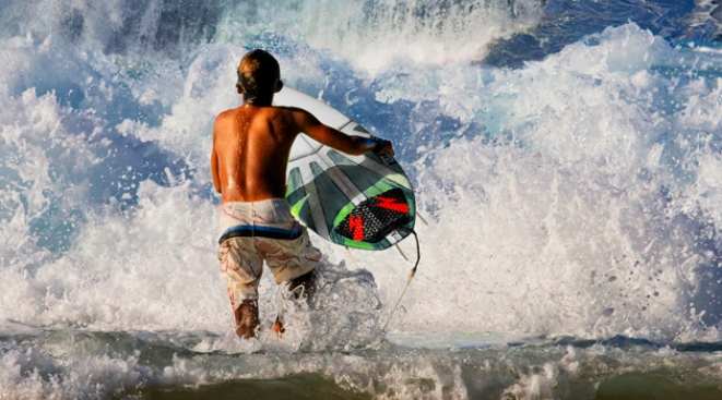 Surfing the Wave of New Travel Web Sites