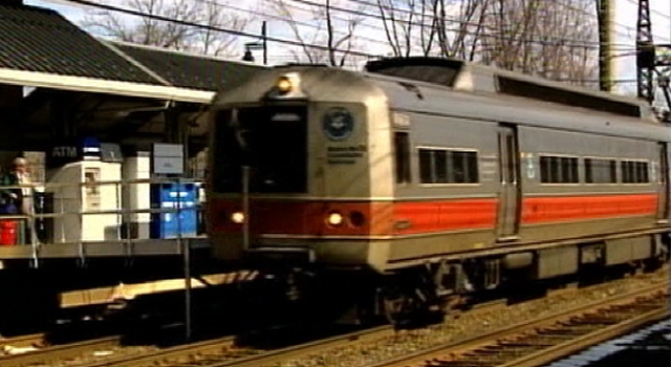 Metro-North Train Jumps the Tracks