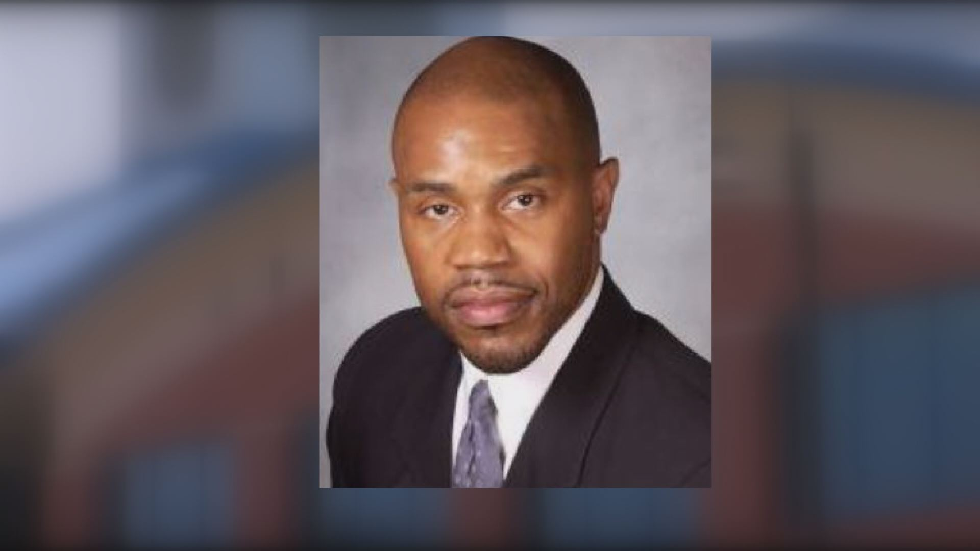 Terrence Carter was selected as the new superintendent of New London Public Schools, but the state Department of Education has asked him to withdraw amid controversy surrounding his qualifications.