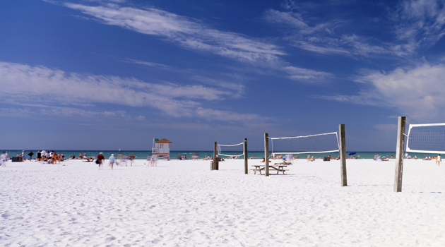 With some of the finest, whitest sand in the world, this beach attracts sand collectors from all over. Siesta Beach has clear, warm waters ideal for swimming. The beach is hundreds of yards wide in the shape of a crescent due to anchoring of onshore rocks to the south. This beach is great for volleyball and other types of recreational fitness.