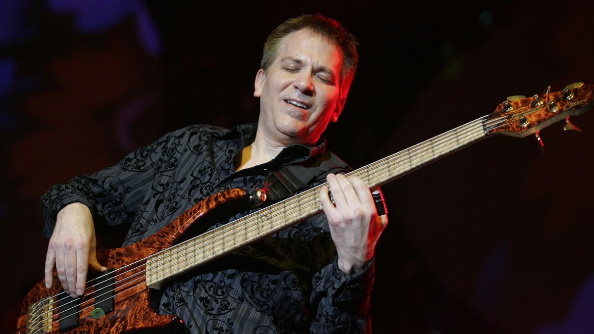 Mike Porcaro playing bass at a concert, Sept. 3, 2006.