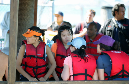 All those aboard the dragon boat were wearing life jackets.