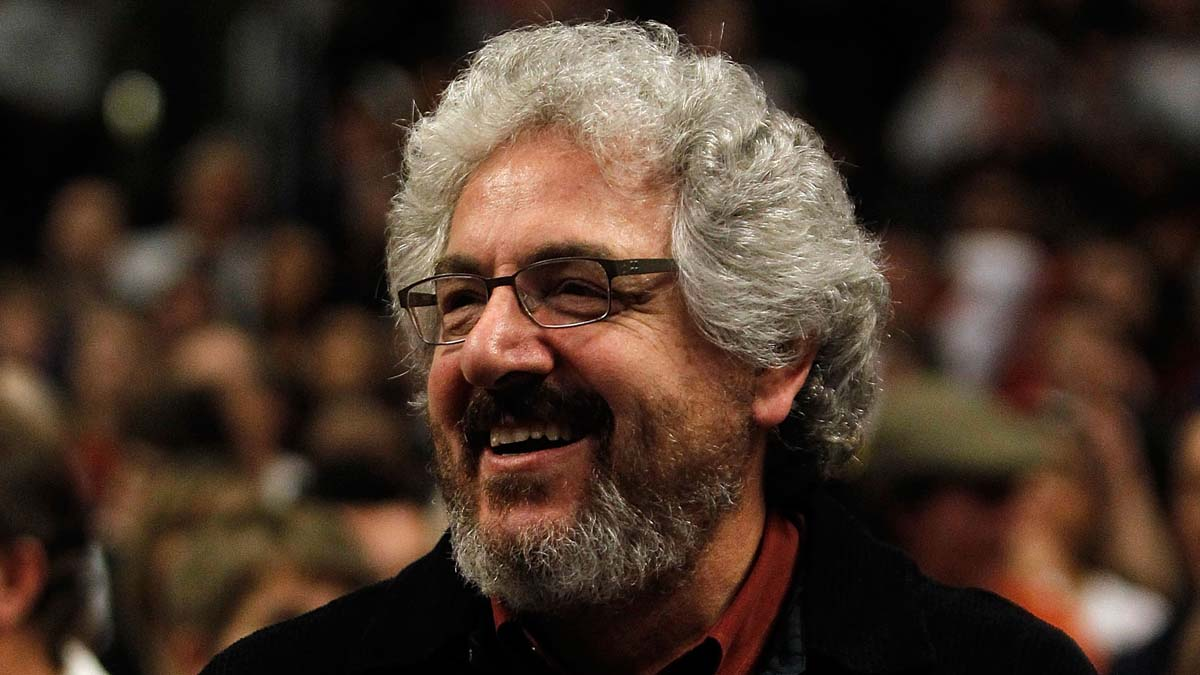 CHICAGO - MARCH 09: Actor/Director Harold Ramis takes in a game between the Chicago Bulls and the Utah Jazz at the United Center on March 9, 2010 in Chicago, Illinois. The Jazz defeated the Bulls 132-108. NOTE TO USER: User expressly acknowledges and agrees that, by downloading and/or using this Photograph, User is consenting to the terms and conditions of the Getty Images License Agreement. (Photo by Jonathan Daniel/Getty Images) *** Local Caption *** Harold Ramis