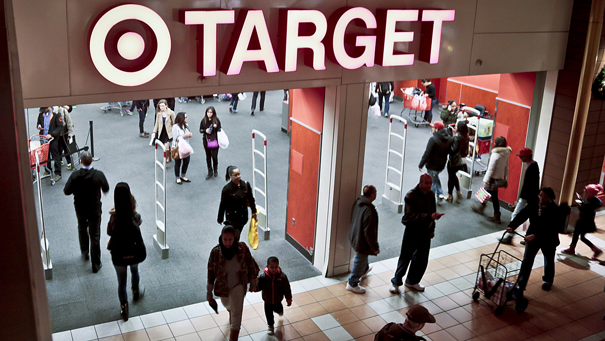 FILE - An unknown number of Target customers' payment card data has been stolen in a hack that may have lasted from Thanksgiving through Dec. 15, the Secret Service has confirmed.